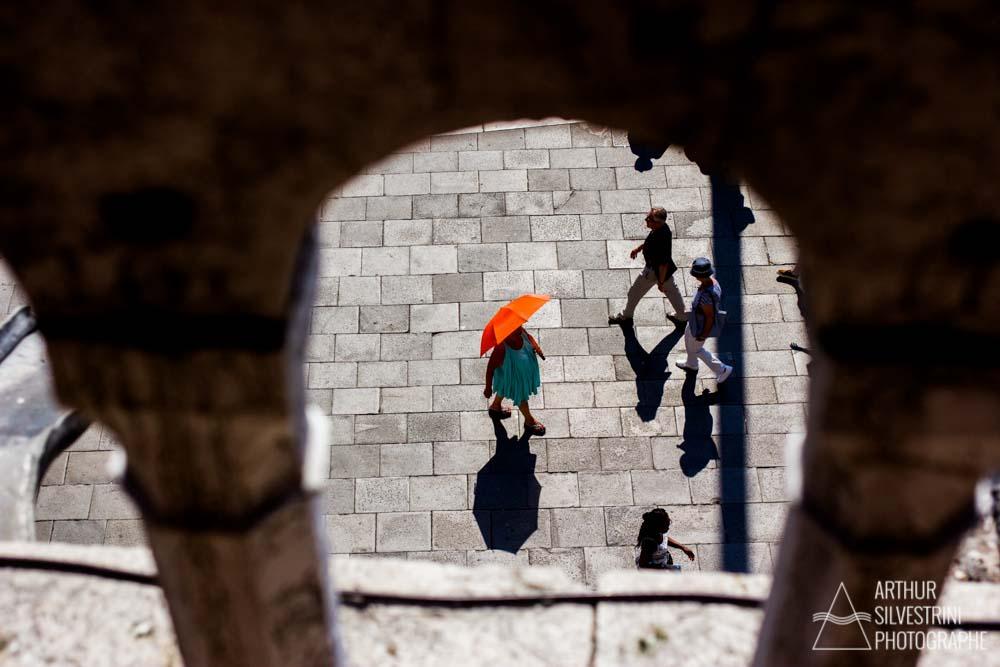 italie venise basilique femme ombrelle orange