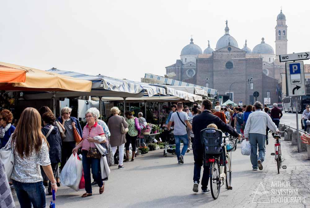 italie padoue marché foule église