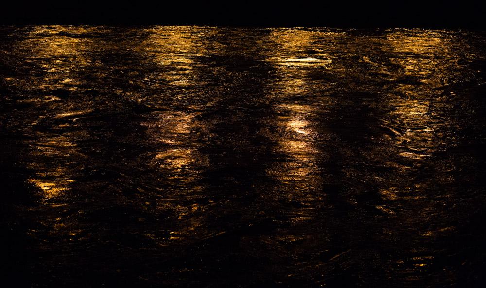 isère grenoble rivière reflets dorés